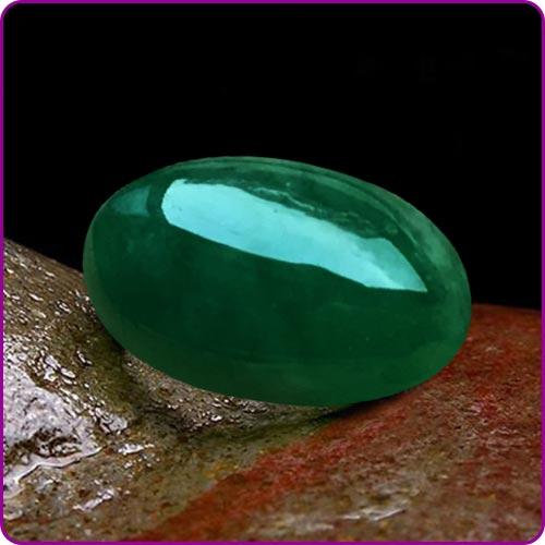 Green Jade: Properties, Benefits & Powers