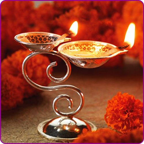 Significance of oil lamps