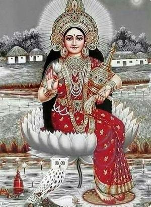 Goddess Lakshmi, Maa Lakshmi Devi Names and Benefits of