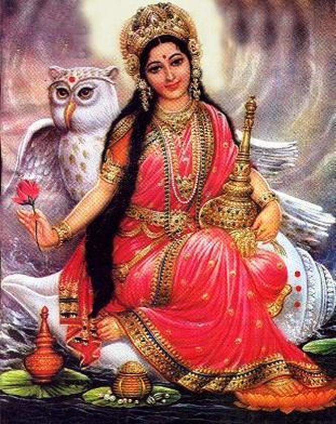 maa-laxmi-with-owl