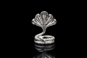 Snake in pure silver