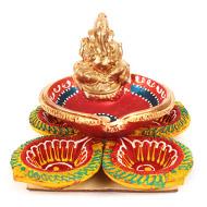Ganesh and Flower diya Set - 4+1