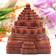Red Jade Shree Yantra - 496 gms