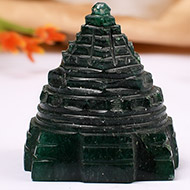 Green Jade shree Yantra - 42 gms