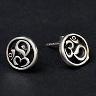 Om Earrings in pure silver - 1.77 gms