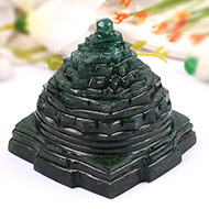 Green Jade shree Yantra - 312 gms
