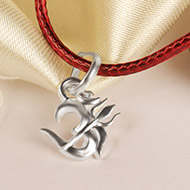 OM with Trishul Locket