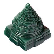 Shree Yantra in Columbian Green Jade - 143 gms