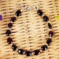 Garnet Oval beads bracelet