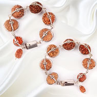 Sarva Siddha combination with silver clasp - J