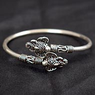 Ganesh Kada in pure silver - Design VI