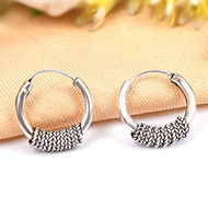 Round earrings in pure silver - Design VII