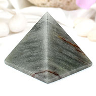 Pyramid in Green Agate
