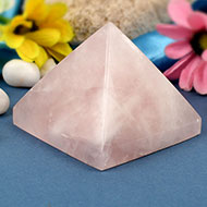 Pyramid in Rose Quartz