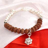 10 Mukhi Rudraksha and Pearl Bracelet (Sacral)
