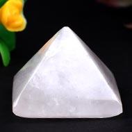Pyramid in natural Rose Quartz - 17 gms