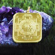 Shree Yantra locket in 22 ct pure gold