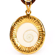 Gomati Chakra locket in pure Gold