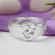 Om Ring - Design XVI