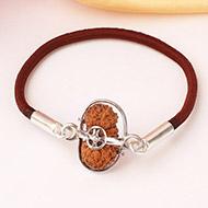 Para  Brahma Bracelet - J - Collector Beads
