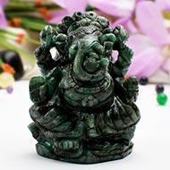 Ganesha in Emerald - 1125 carats