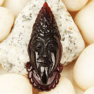 Kaali Face in Gomed - 18.30 Carats