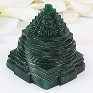 Green Jade shree Yantra - 206 gms