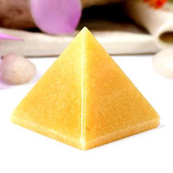 Pyramid in Yellow Jade - Confidence and Courage - I