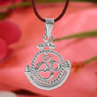 OM Locket in Pure Silver - Design XIX