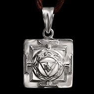 Ganesh Yantra Locket in Silver - 3D