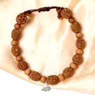 4 mukhi Brahma bracelet from Java with White Sandalwood beads