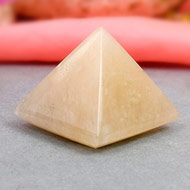 Pyramid in Yellow Jade - Confidence and Courage