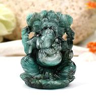 Ganesha in Emerald -  200 carats