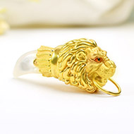 Lion Locket in Pure Gold