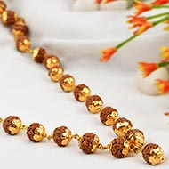 Rudraksha Chikna Mala 8 mm in designer Gold f..