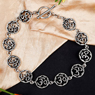 Om Bracelet in pure silver - Design II