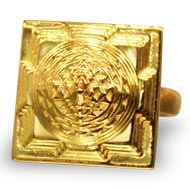 Shree Yantra Meru Ring in Gold
