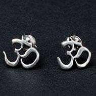 Om Earrings in pure silver - 1.46 gms