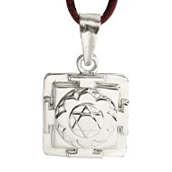 Krishna Yantra Locket in Silver - 3D