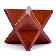 Star Pyramid in Red Jasper - Energy and strength - 228 gms