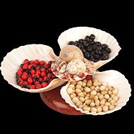 Sea shells holder with Chirmi beads