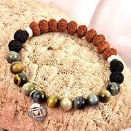 8 Mukhi Rudraksha and Black Cats Eye Bracelet (Root)
