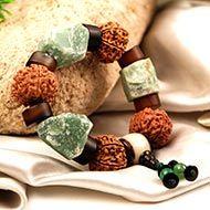 8 Mukhi and Green Jade gemstone bracelet (Root)