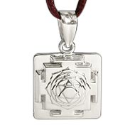 Saraswati Yantra Locket in Silver - 3D