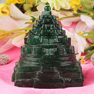 Green Jade shree Yantra - 275 gms
