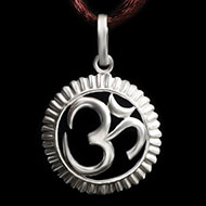 Om Locket in Pure Silver - Design IV