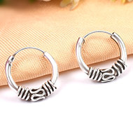 Round earrings in pure silver - Design VI