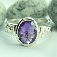 Amethyst Ring in pure silver