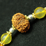 12 Mukhi Rakhi Citrine Beads with Panchdhatu and silver accessories