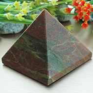 Pyramid in Red Jasper - I